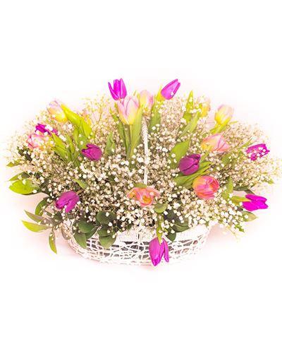Снимка от Кошница от лалета - Пролетно вдъхновение