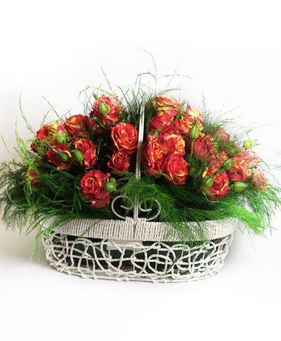 Снимка от Кошница от мини рози - Вълнение