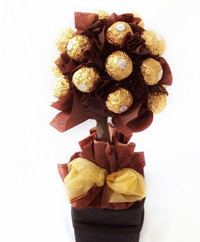 Снимка от Букет от бонбони - Кафяво злато