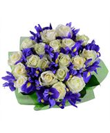 Снимка от Букет от рози и ирис Сияние