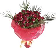 Снимка от Букет от червени мини рози Ефект
