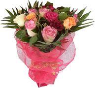 Снимка от Букет от рози Пъстра изненада