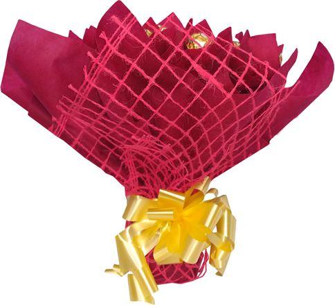 Снимка от Букет с бонбони и рози Мила