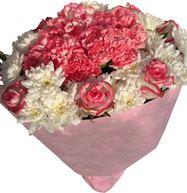 Снимка от Букет Изненада с рози, хризантеми и карамфили
